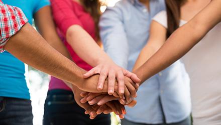 L'Union des Centres Sociaux et Socioculturels des Pays de La Loire propose un super outil de solidarité en ce moment de confinement! Imprimez et partagez cette fiche (disponible à ce […]